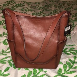 Nwt frye leather side pocket hobo cognac